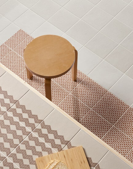 MUTINA_Tape-Mesh-Brown-Mesh-Half-Brown-Base-White-Cobble-Half-Brown-Cobble-Brown.-Table-Tape-Zigzag-Half-Brown-Zigzag-Brown